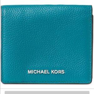 🔥🔥NWT Micheal Micheal Kors Card Case🔥🔥